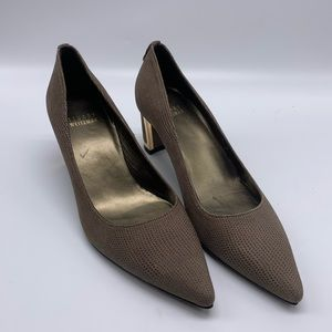 Stuart Weitzman Pointy Toe Textured Gray Taupe 5M